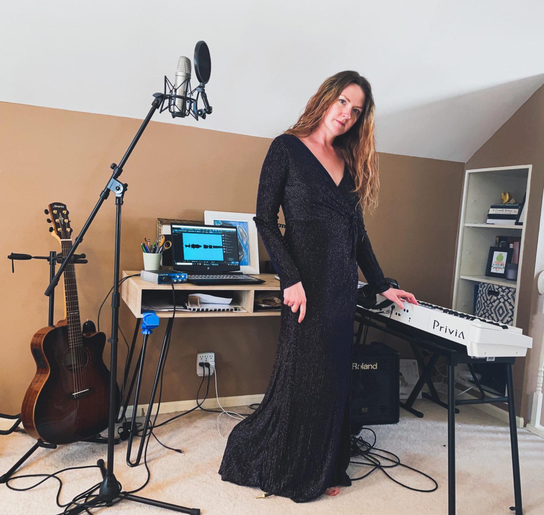 Mezzo-soprano. Music Educator. Songwriter